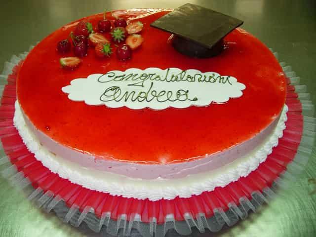 torta_laurea1-min